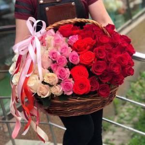 Корзина 101 роза градиент R1938