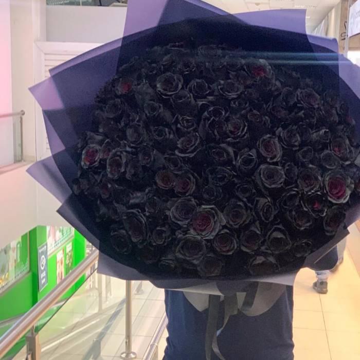 Букет 101 черная роза R826