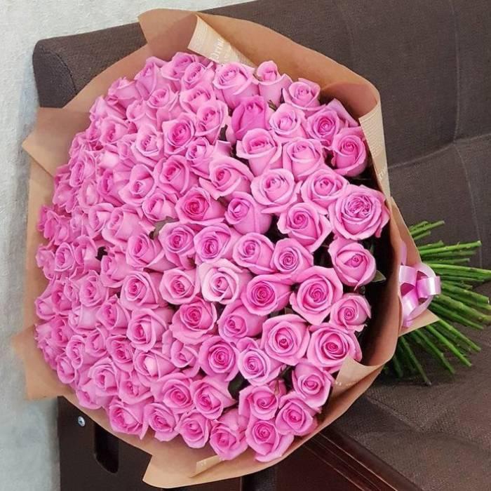 Букет 101 розовая роза в крафте R882