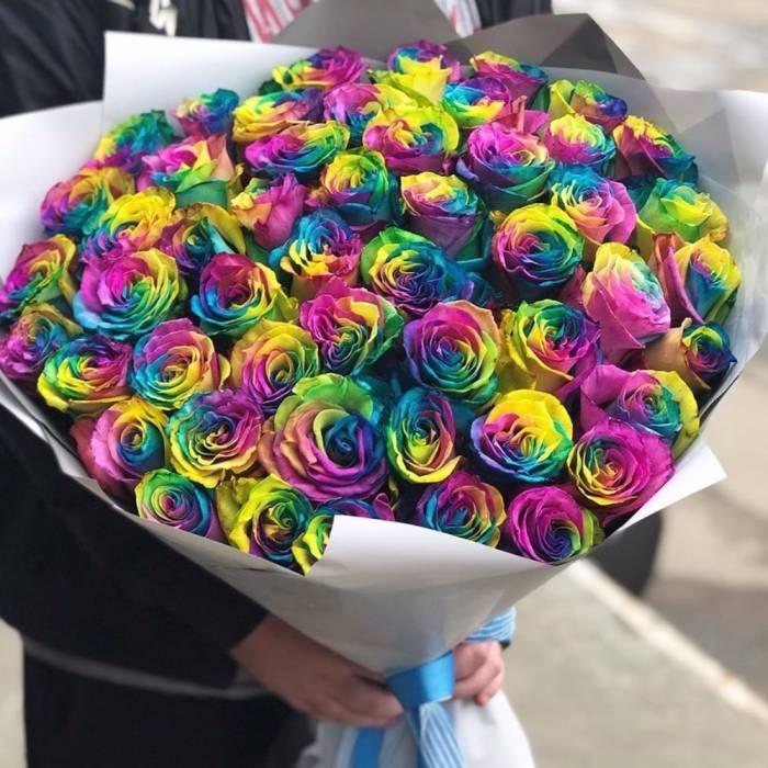 Букет 51 радужная роза R812