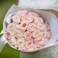 Букет 21 пионовидная роза R008