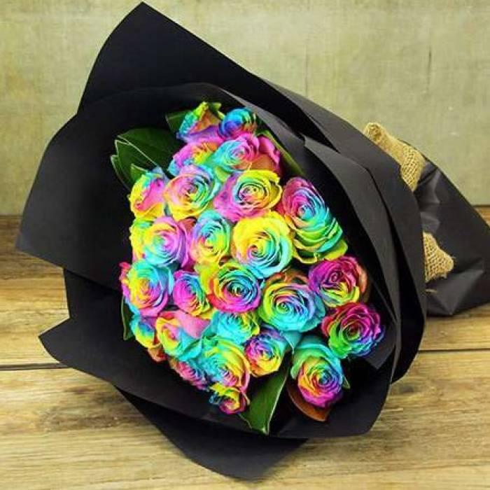 Букет 19 радужных роз R806